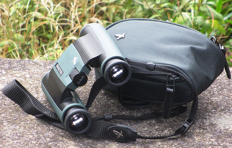 Outdoor Enthusiast And Compact Binoculars ! A Long Lasting Relationship